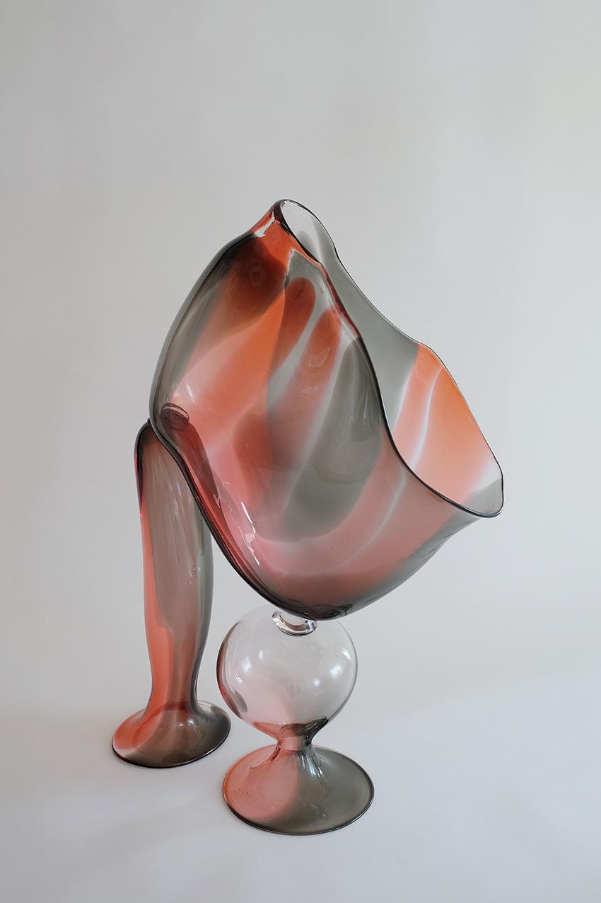 Marie Ducaté, 2017, « penché », vase soufflé, photo Arnaud du Boistesselin 72