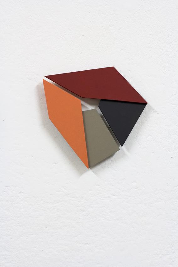 ATELIER n°28-ATELIER SERUSE- IZABELA KOWALCZYKRelief 31, 2020, mdf, peinture acrylique, 20 x 20 x 2 cm BD